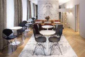 NOUVEL HOTEL EIFFEL lobby